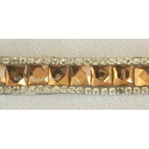 Prýmek zažehlovací kamínkový 1731